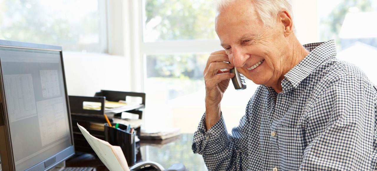 En cas de report de l'âge de départ à la retraite, les entreprises seront plus promptes à embaucher des seniorsqu'elles peuvent garderplus longtemps.