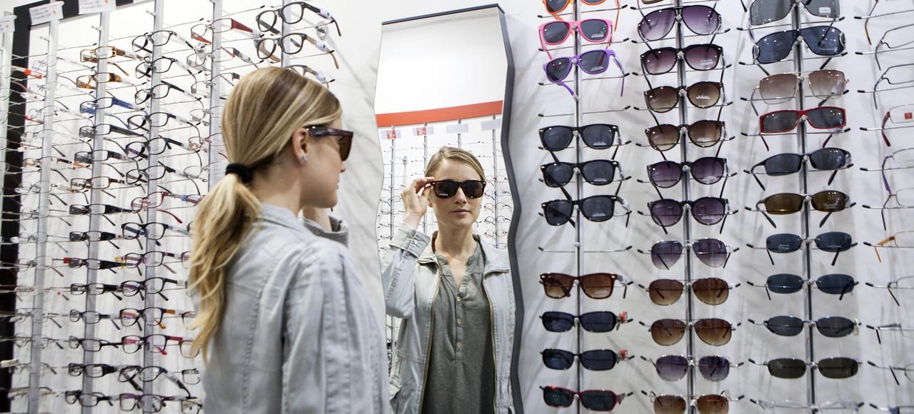 Le secteur de l'optique est souvent pointé du doigt tant pour les prix des lunettes que pour les marges des opticiens.