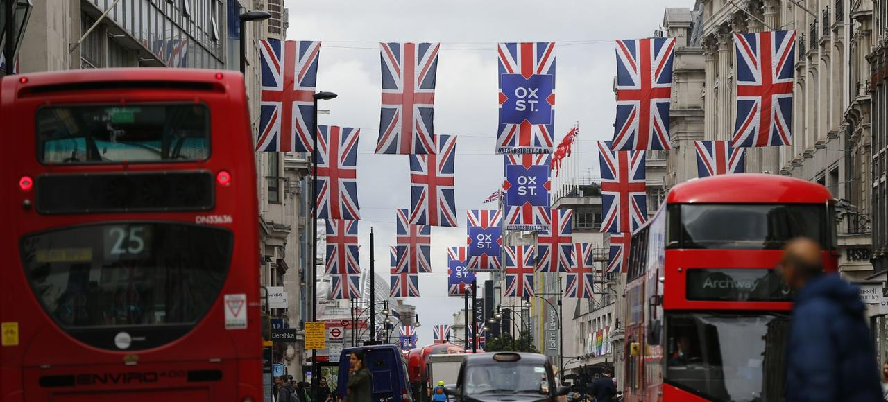 L'avenir de l'Angleterre est d'abord au Royaume-Uni, ensuite en Europe et en Occident et enfin dans le monde.