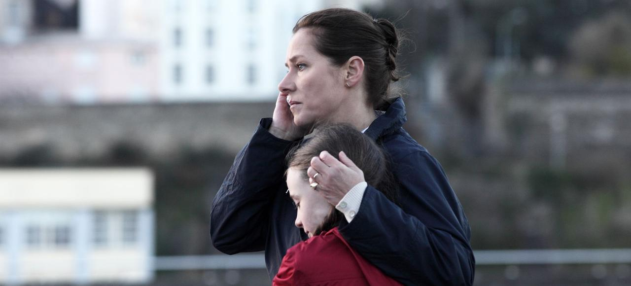 Sidse Babett Knudsen joue le rôle d'Irène Frachon dans <i>La Fille de Brest</i>.