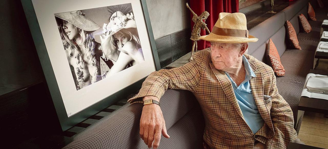 Le photographe David Hamilton lors d'une exposition à Paris, en juin dernier.