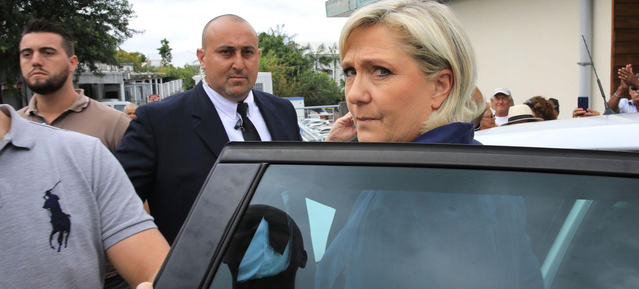Marine Le Pen, lundi à La Réunion.