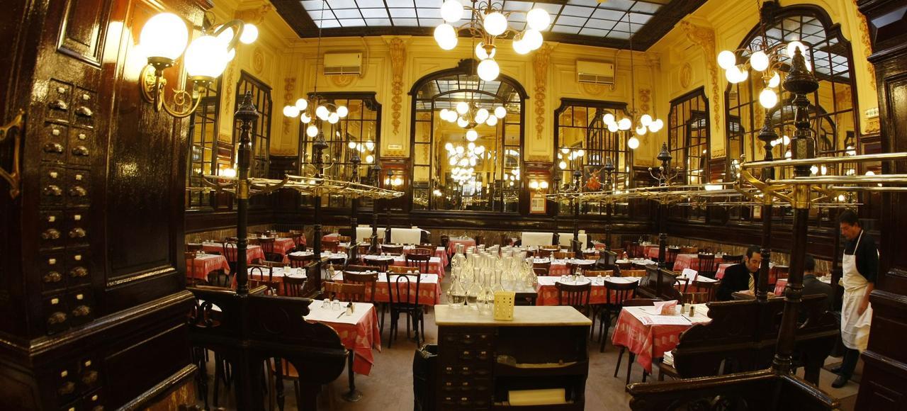 Le Bouillon Chartier (Paris IXe).