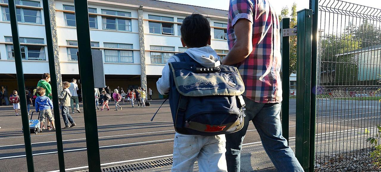 Dès 6ans, 54,4% des enfants des quartiers prioritaires témoignent d'un manque d'accès aux savoirs.