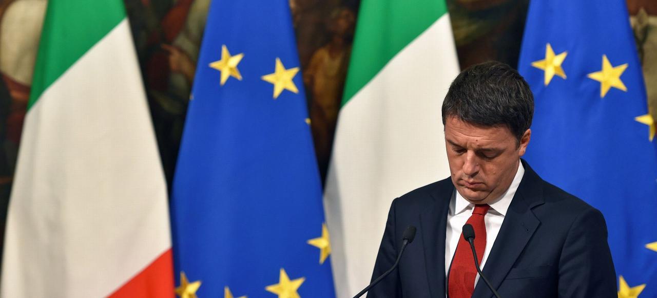 Le chef du gouvernement italien, Matteo Renzi, lundi lors de la présentation des chiffres de la loi de finances 2017.
