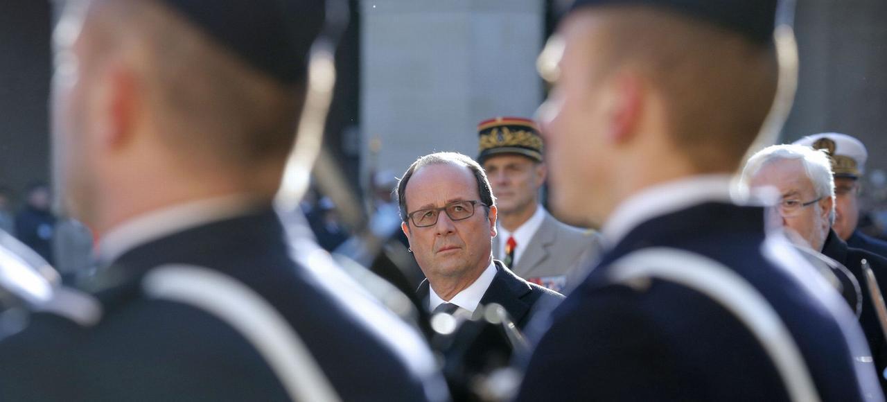 François Hollande (ici mardi lors d'une cérémonie militaire aux Invalides, à Paris) doit dévoiler ses intentions avantle 15 décembre, date limitede dépôt des candidatures pour la primaire de la gauche.