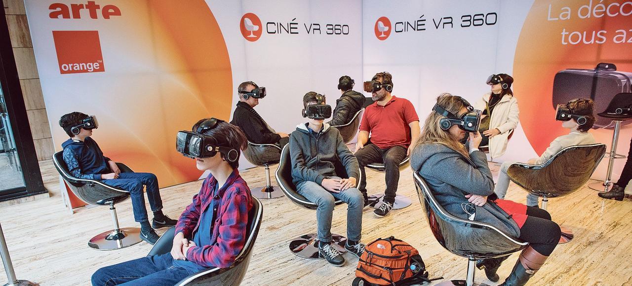 Le parcours proposé par la Géode est idéal pour découvrir la réalité virtuelle.