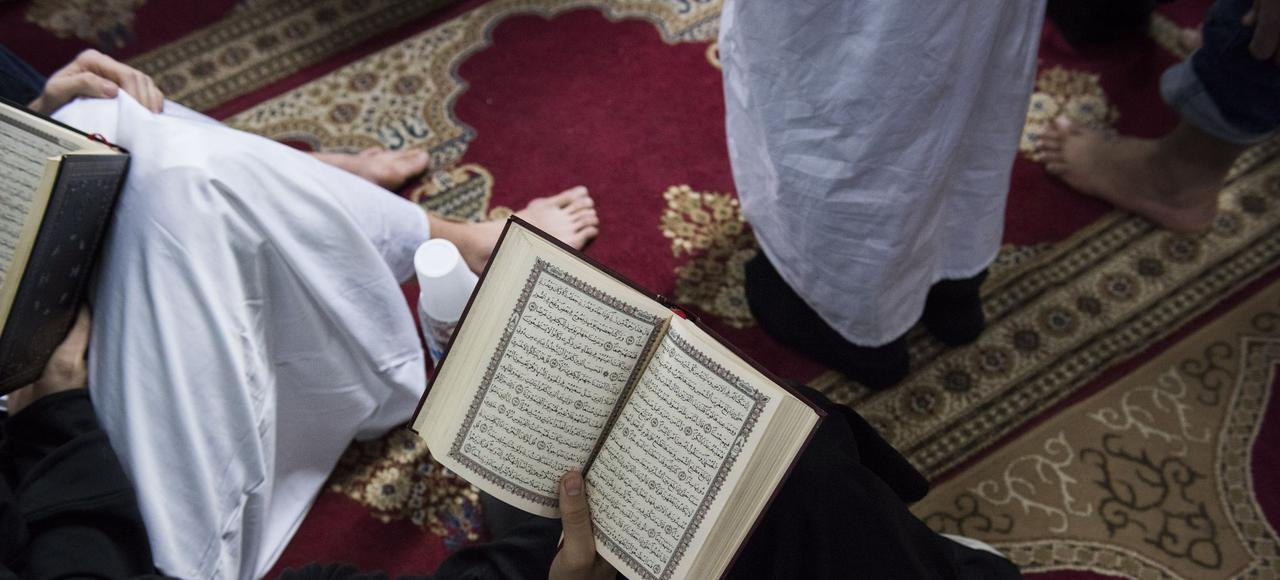 Prière du vendredi dans une mosquée de l'Île de France.