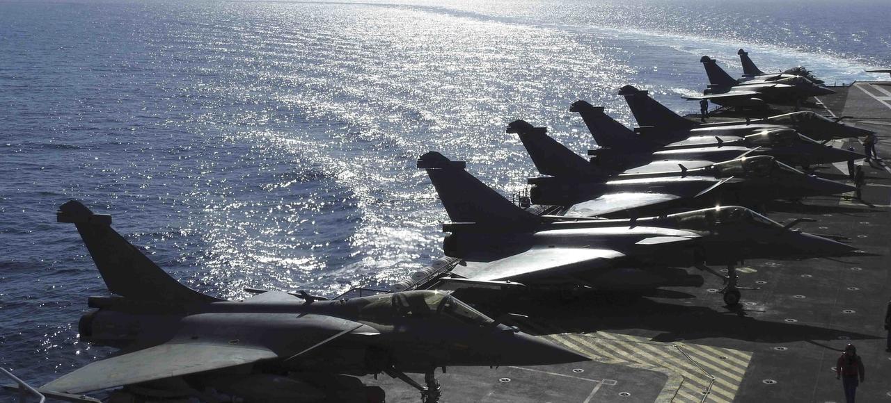 Le porte avions charles de gaulle un atout strat gique majeur - Porte avion charles de gaulle actualite ...