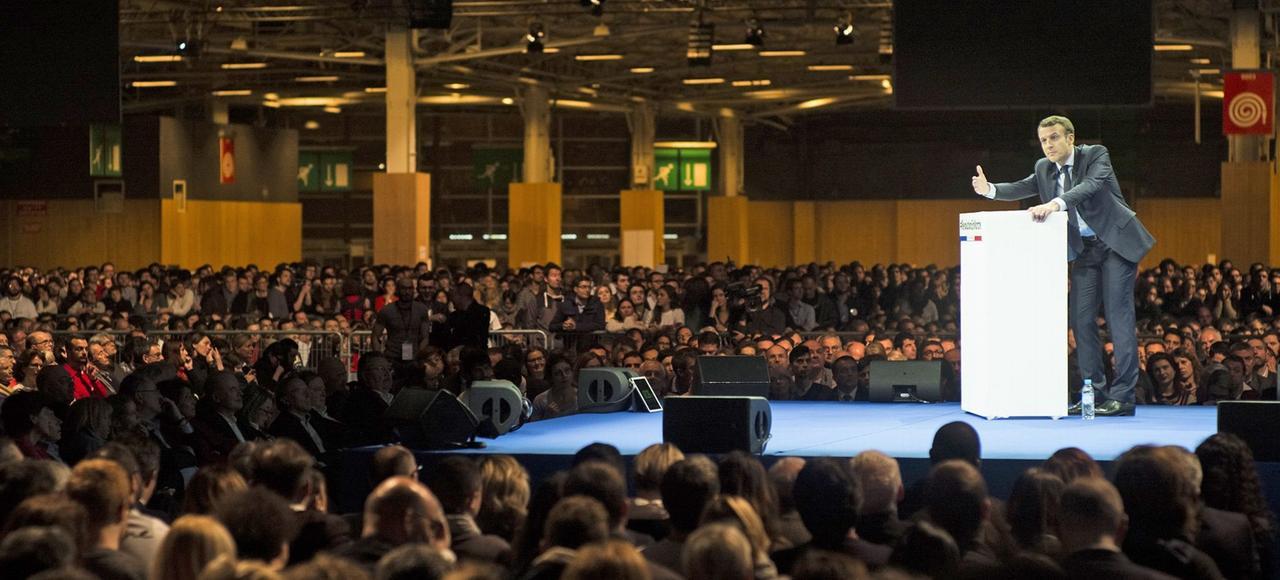 Emmanuel Macron, samedi lors du meeting au Parc des expositions à Paris.