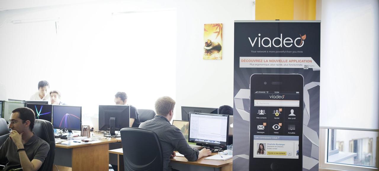 Viadeo dispose à date d'une base de données de 11millions de membres, d'un millier de clients B to B et d'une audience globale de 4,4millions de visiteurs uniques par mois.