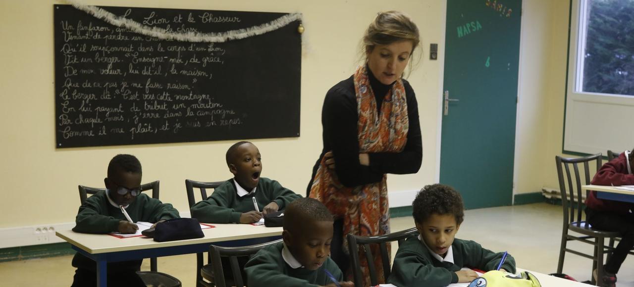 À Mantes-la-Jolie, dans cette classe de CE1-CE2, et comme dans toutes celles des écoles Espérance Banlieues, les petits effectifs sont la règle. Un rêve pour les enseignants.