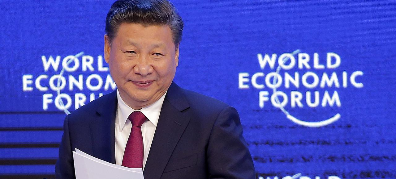 Xi Jinping, son homologue chinois, mardi à Davos (Suisse).
