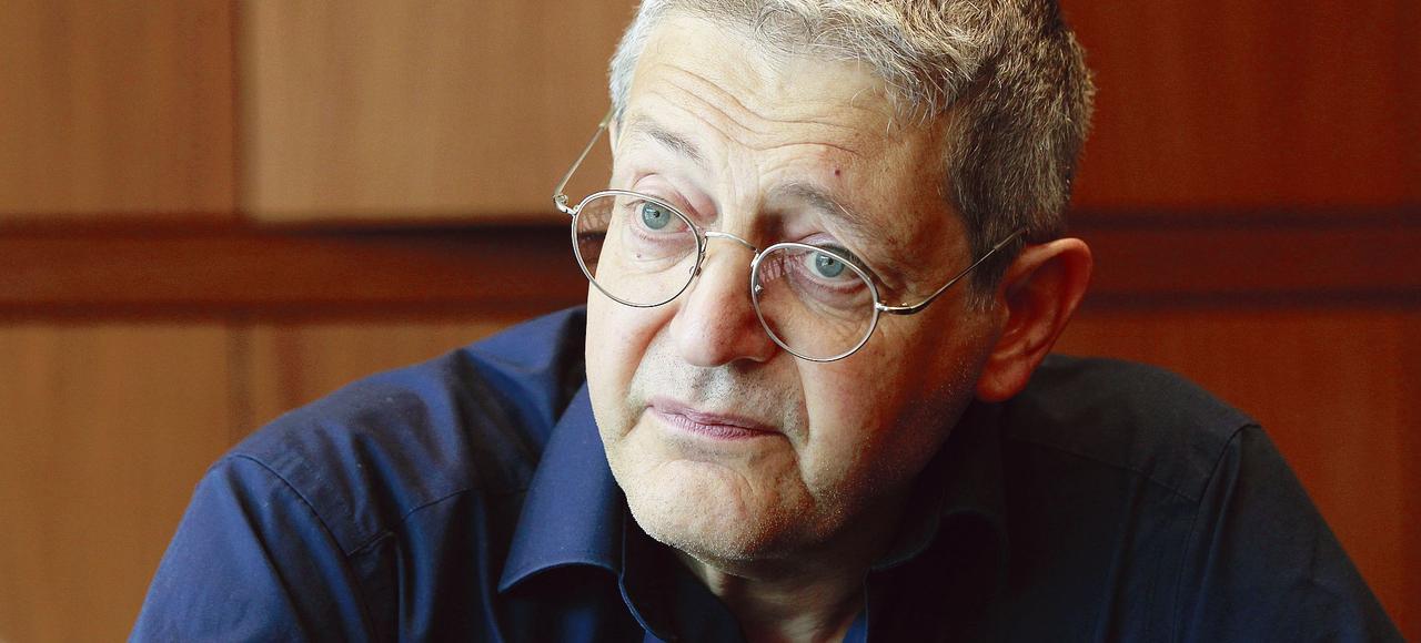 L'historien Georges Bensoussan (ici en août 2015 à Paris) est poursuivi pourses propos tenus, en octobre 2015, dans l'émission «Répliques» de France Culture.