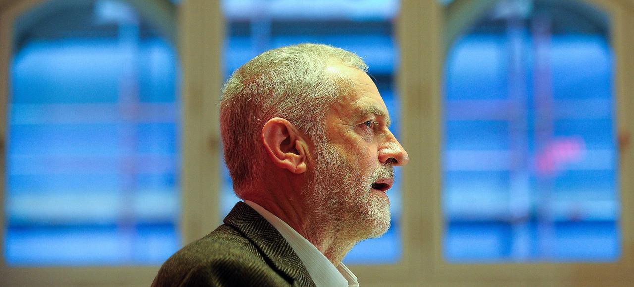Jeremy Corbyn «est soutenu par les jeunes diplômés prolétarisés des grands centres urbains et les enfants de l'immigration», écrit Éric Zemmour.