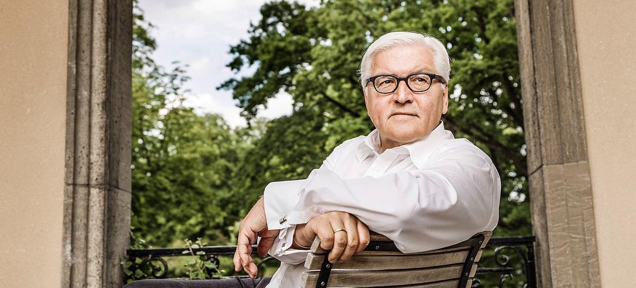 À 61ans, l'ancien bras droit de Gerhard Schröder semble lassé du combat politicien dont il se tient éloigné. Mais pas du pouvoir des mots.