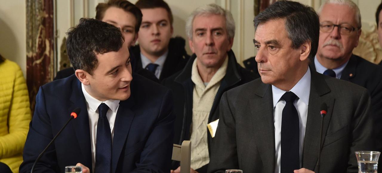 Gérald Darmanin, le maire LR de la ville, et François Fillon, vendredi à Tourcoing.