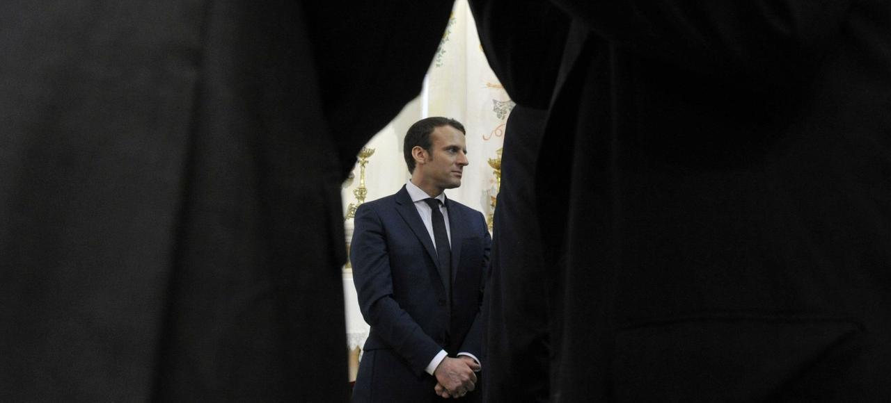 Emmanuel Macron était en visite en Algérie, où il a notamment dénoncé le «crime» de la colonisation.