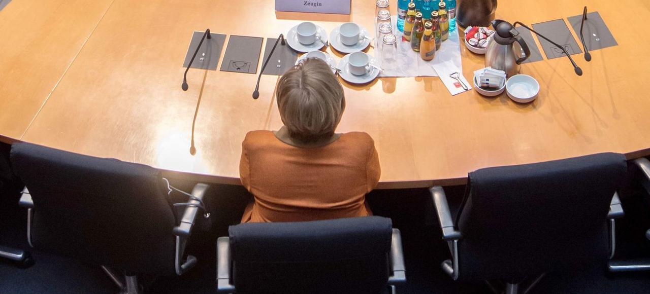 La chancelière Angela Merkel <i> (ici le 16 février, à Berlin)</i> peine à créer une dynamique autour de sa candidature.