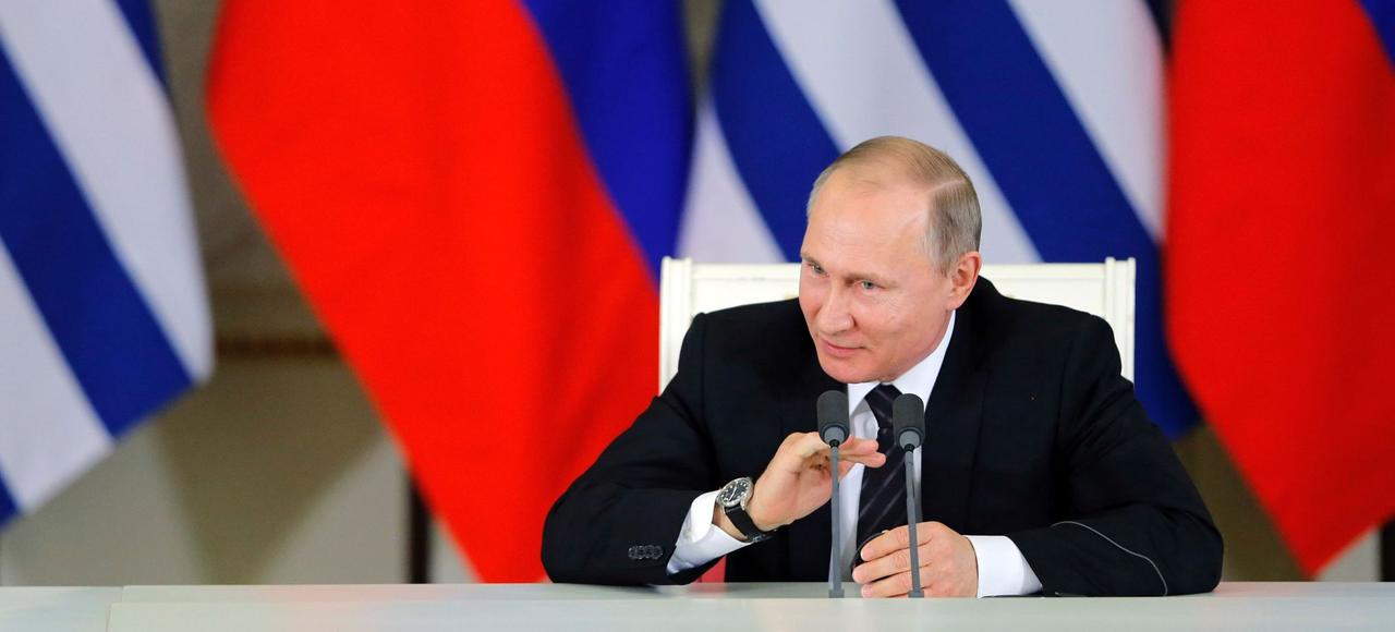 À un an du scrutin, il ne fait plus guère de doute que Vladimir Poutine briguera une nouvelle fois le fauteuil suprême.