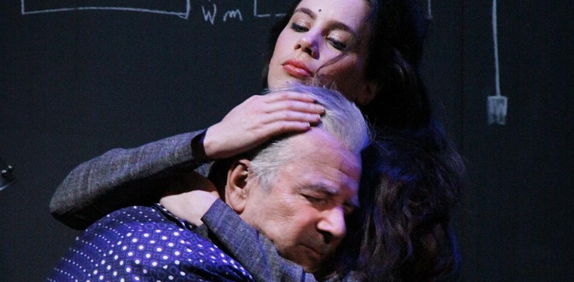 Pierre Arditi, dans le rôle de Sneijder, et Morgane Fourcault, qui incarne Marie.