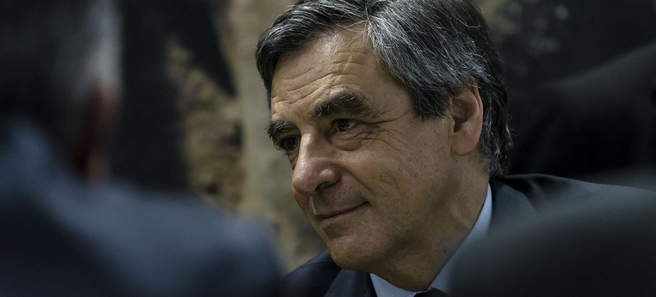 François Fillon, qui a annoncé mercredi sa prochaine mise en examen sur des soupçons d'emploi fictif de son épouse, parle d'«assassinat politique».