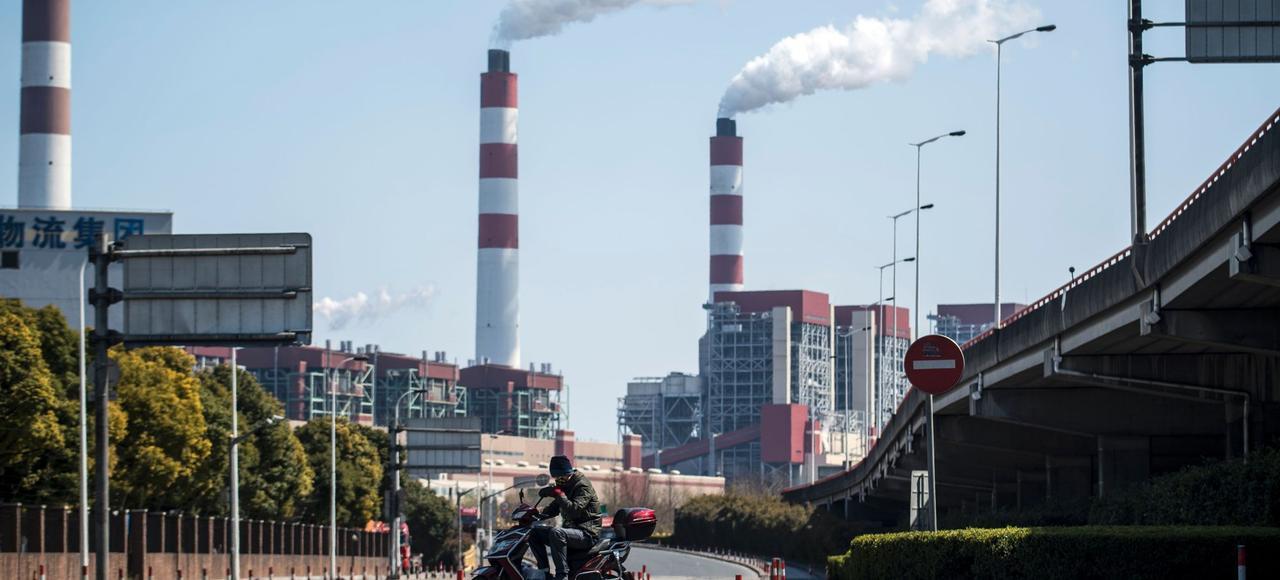 La Chine a enregistré un déficit commercial en février, de 9,1milliards de dollars après un excédent de 51milliards de dollars en janvier.
