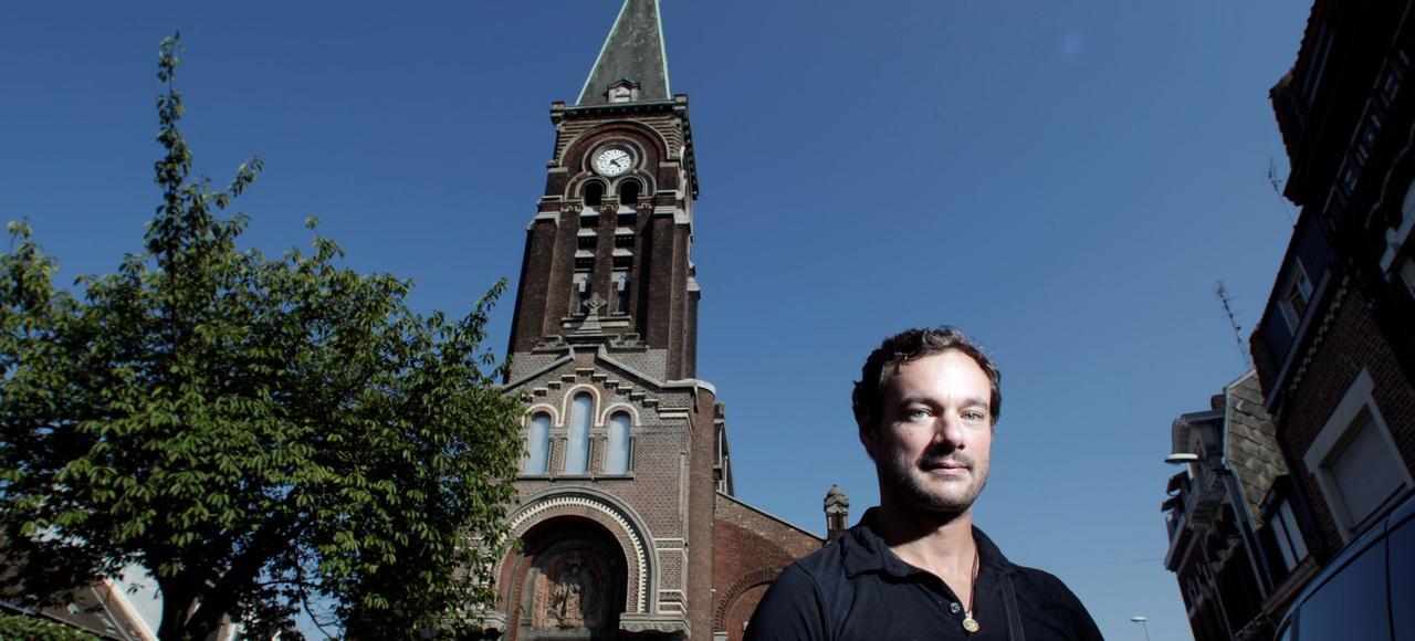 Silvany Hoarau, propriétaire de l'église Saint-Louis, à Tourcoing, qu'il a réhabilitée pour en faire son habitation et de nombreux espaces multiculturels, ouverts à la population.
