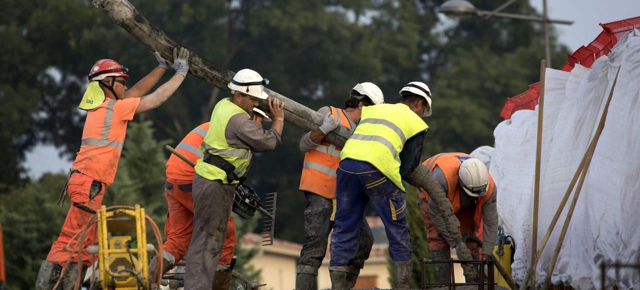 Des ouvrierssur un chantier à Montpellier.
