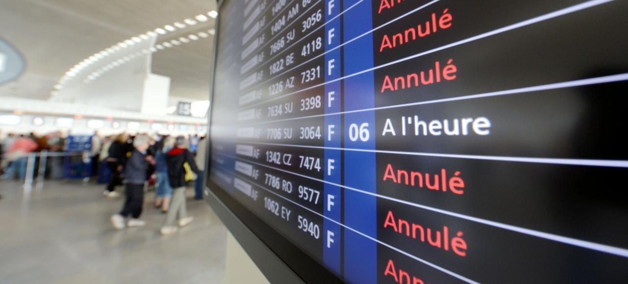 Deux syndicats d'hôtesses et de stewards d'Air France ont lancé un appel à la grève ce week-end, la première de l'année.