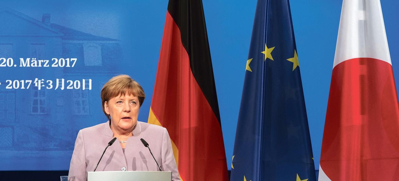 «Nous n'allons pas tolérer que tous les tabous tombent sans respect pour la souffrance de ceux qui ont été poursuivis et assassinés durant le national-socialisme», a déclaré Angela Merkel (ici lundi, à Hanovre)