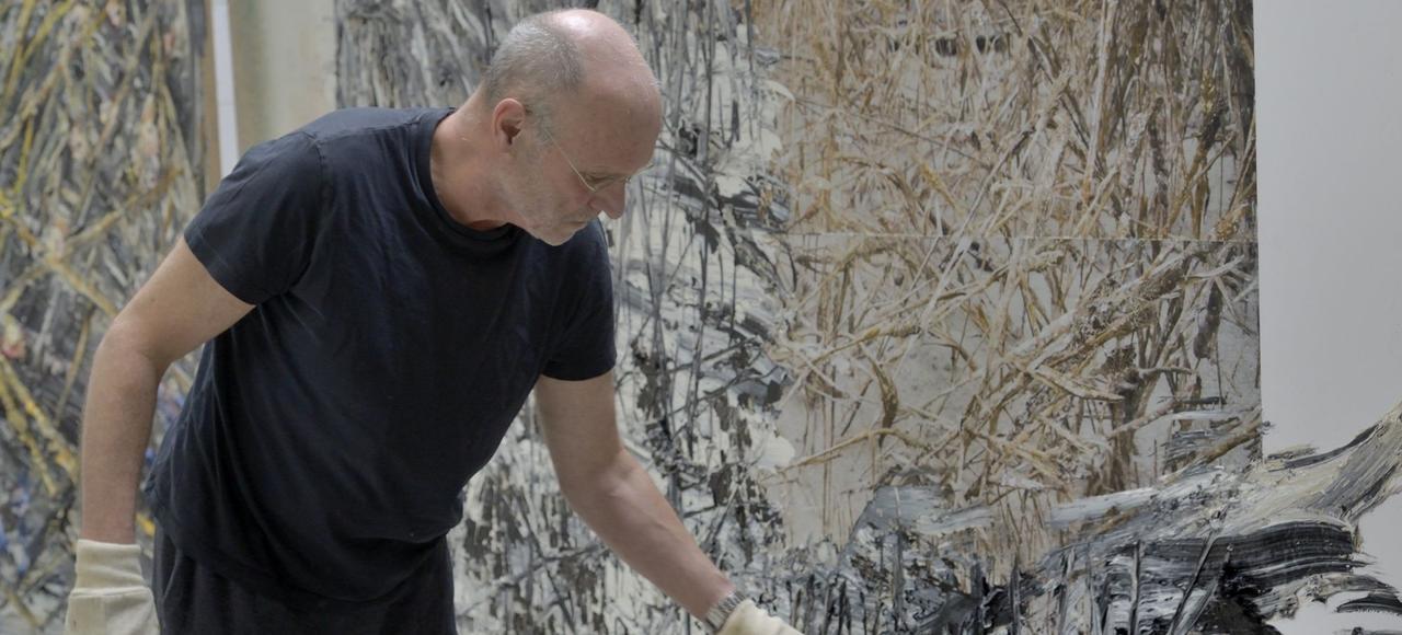 Anselm Kiefer dans son atelier.