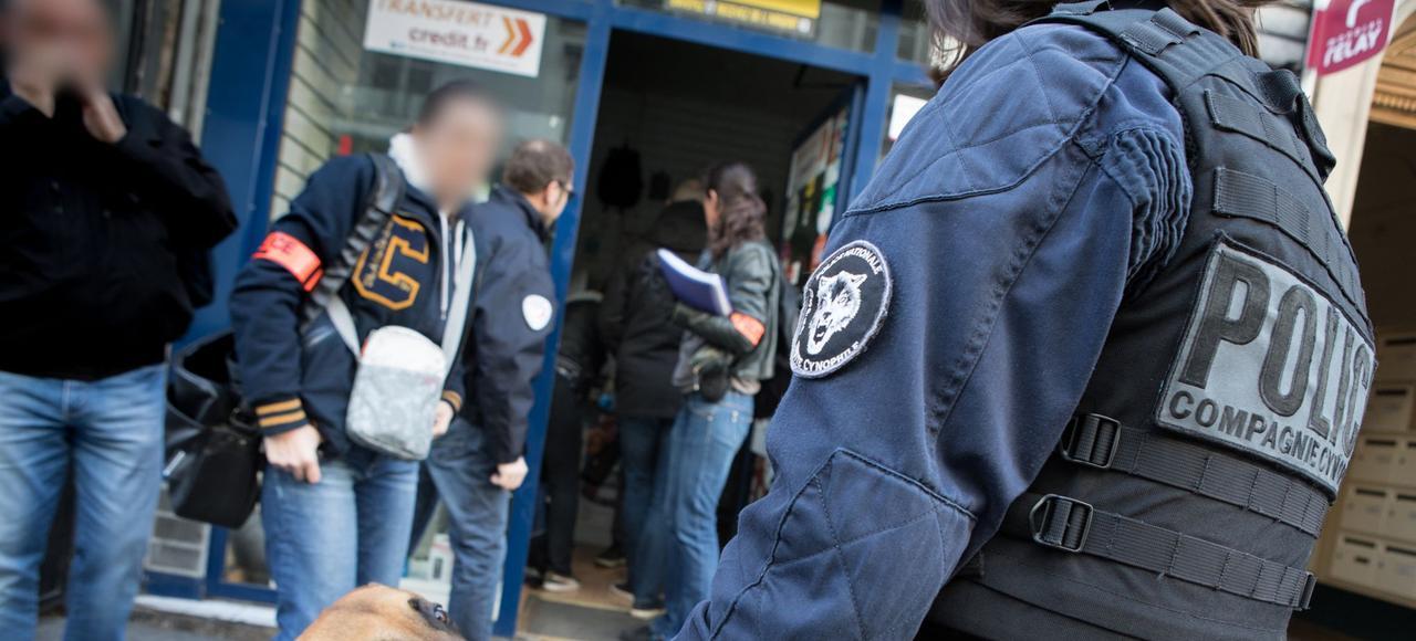 Une quinzaine de personnes ont été interpellées, lundi matin, lors d'un coup de filet mené par l'Office central pour la répression de l'immigration irrégulière et de l'emploi d'étrangers sans titre (Ocriest) avec l'appui du groupe d'intervention régional (GIR) de Seine-Saint-Denis.