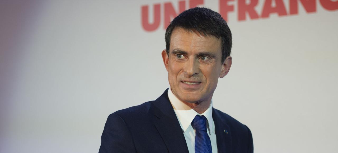 Depuis mecredi matin,Manuel Valls est la ciblede nombreux caciques du PS.
