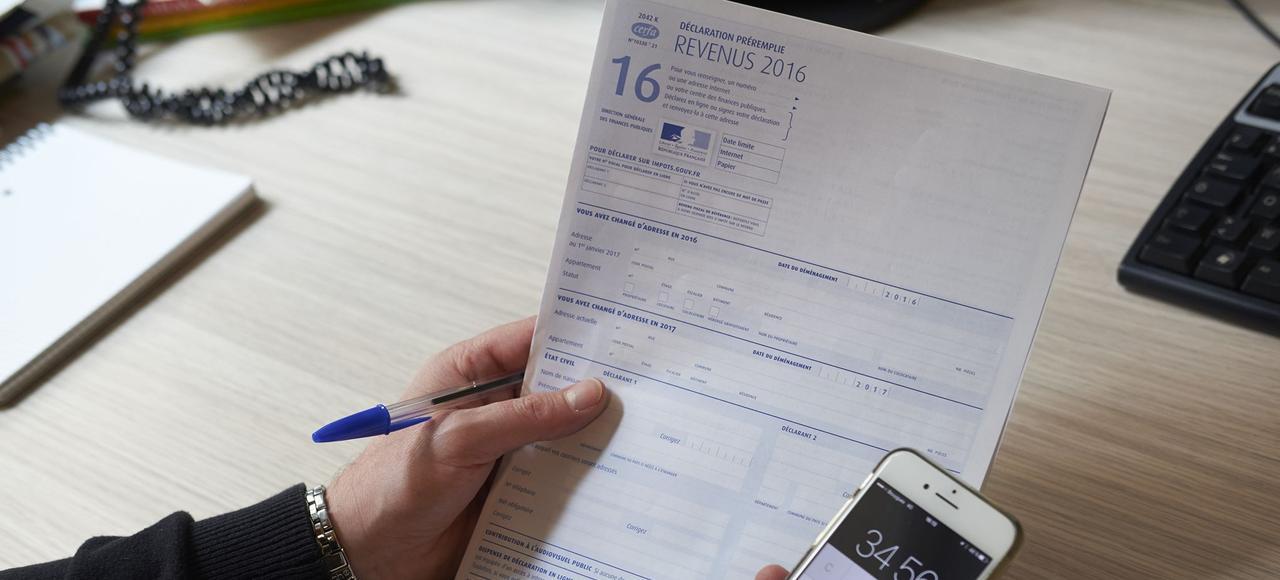 Cette année, tous les Français dont les revenus sont supérieurs à 28.000euros sont tenus d'utiliser Internet.