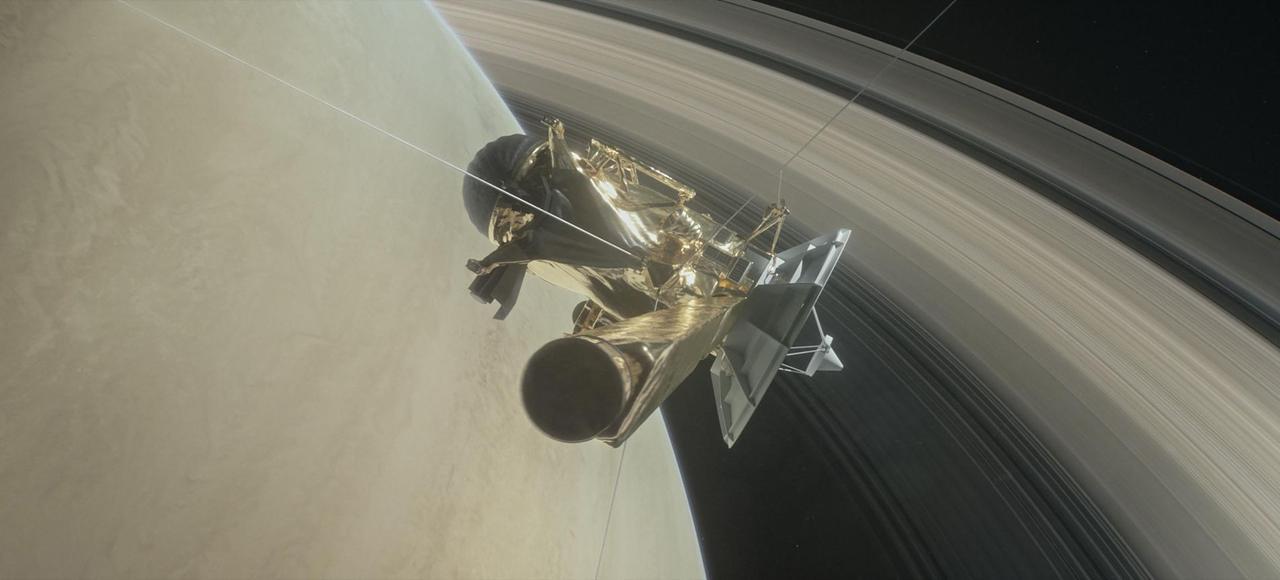 Cassini en route pour un grand plongeon final vers Saturne