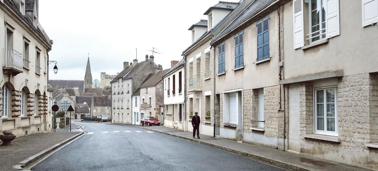Une des rues principales du village de Chambois.