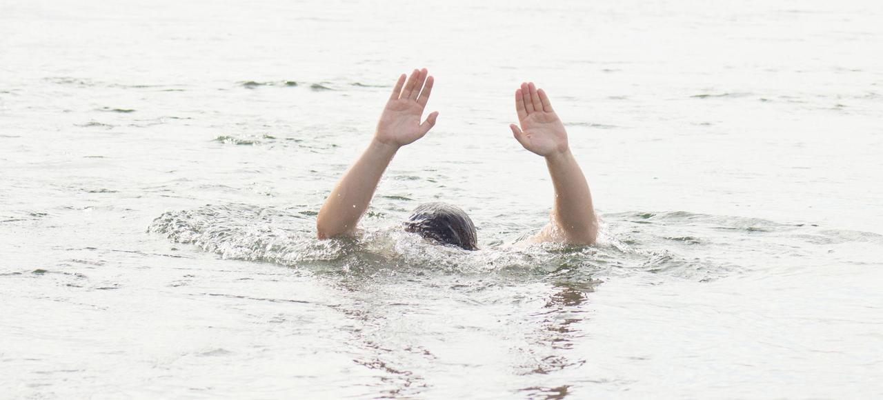 Il y a eu 1441 noyades de juin à septembre2015 (dont 555 décès).