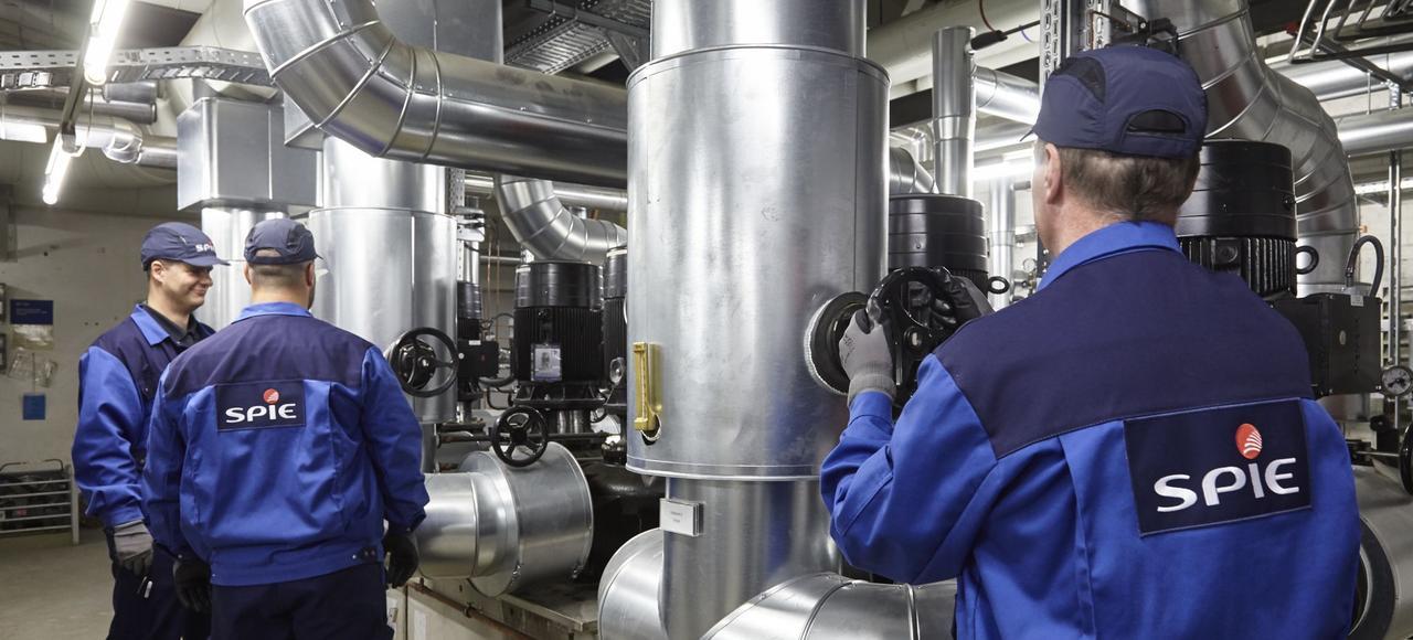 L'entreprise exerce dans des métiers en forte croissance: maintenance de l'éclairage public, raccordementde l'énergie éolienne au réseau électrique, climatisation... En dix ans, Spie a presque doublé de taille.