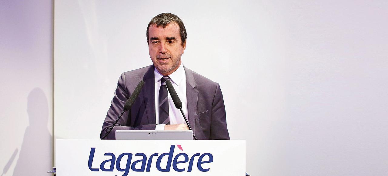 Arnaud Lagardère a annoncé dans <i>Le Monde </i>qu'il assumera la présidence d'Europe 1 «jusqu'au moment où elle sera redressée dans son audience et ses comptes».