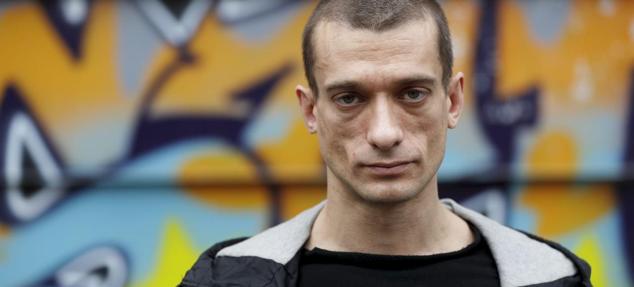 Piotr Andreïevitch Pavlenski, artiste performeur russe, à Paris le 10 avril 2017.