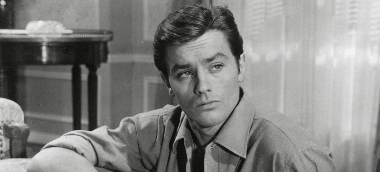 Alain Delon dans une scène de <i>Mélodie en sous-sol</i>, d'Henri Verneuil, sorti en 1963.