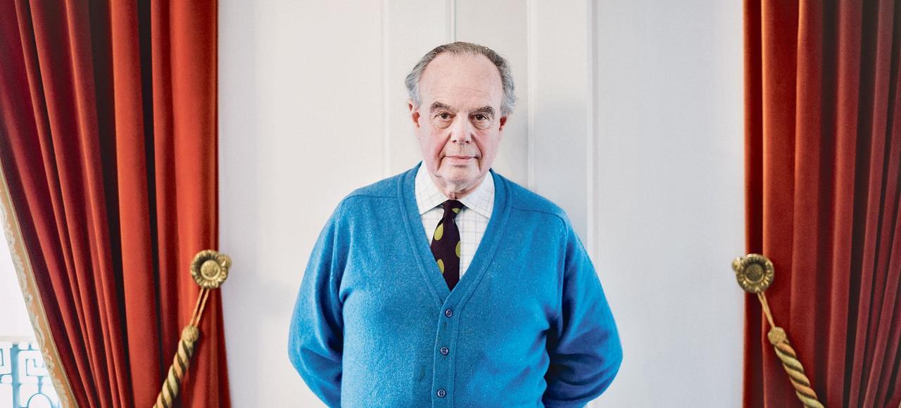 «Avec le temps, le fait de changer, de vieillir (...) J'ai eu envie de mieux connaître ma famille Mitterrand.», confie Frédéric Mitterrand.