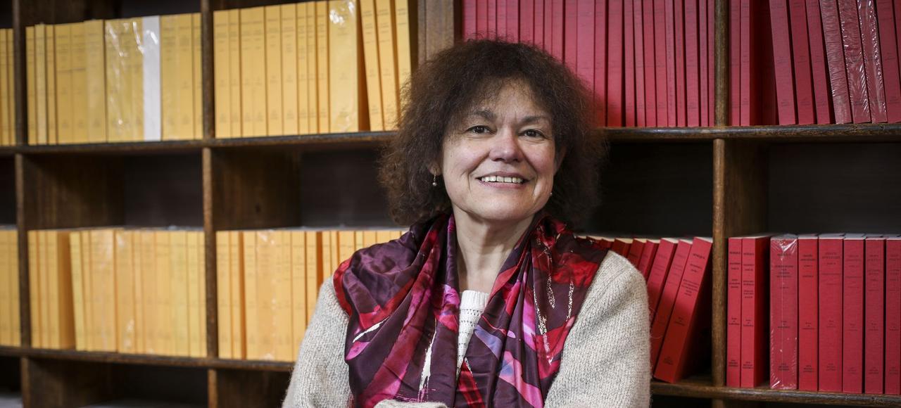 Claude Amoz à la librairie des Belles Lettres.