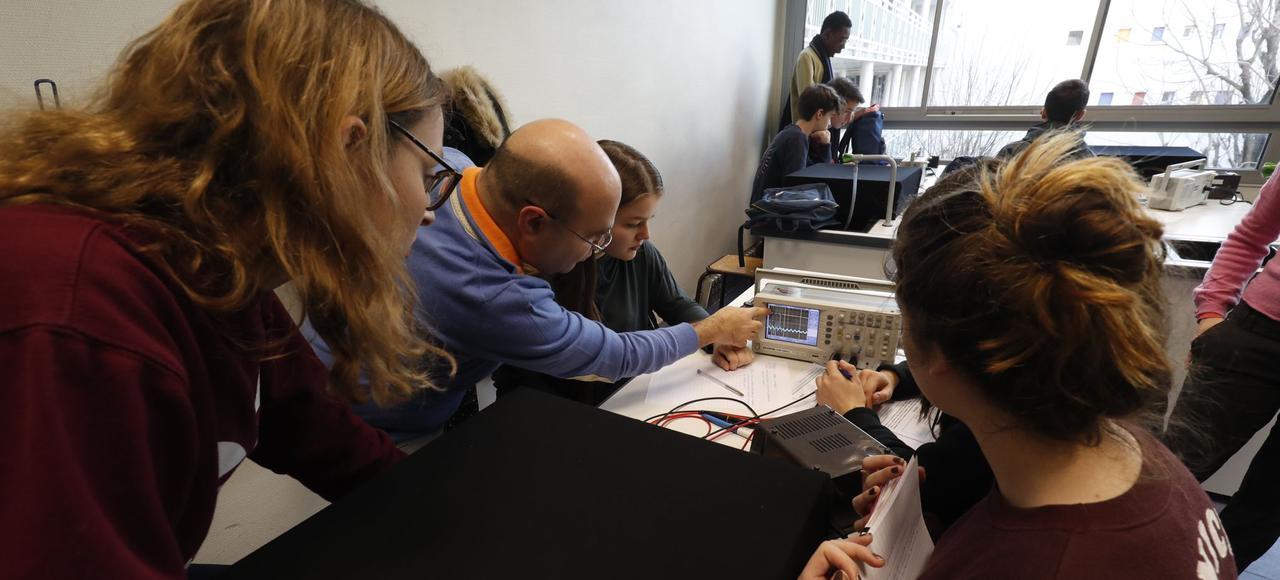 La France présente le meilleur rapport qualité-prix en matière d'éducation aux yeux des étrangers expatriés.