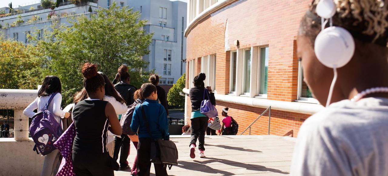 Le collège Iqbal Masih à Saint-Denis, dans le 93, est classé en Zone d'éducation prioritaire depuis sa construction en 1998.