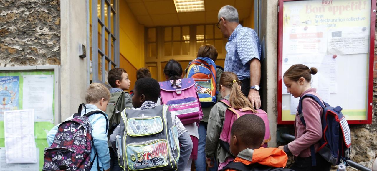 Jour de rentrée scolaire dans une école élémentaire de Fontenay-sous-Bois.