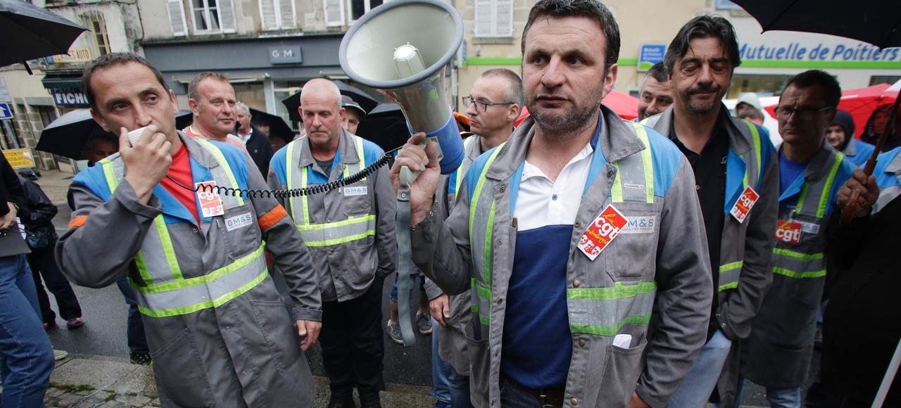 Manifestation de salariés de GM&S à Guéret, le 18 mai.