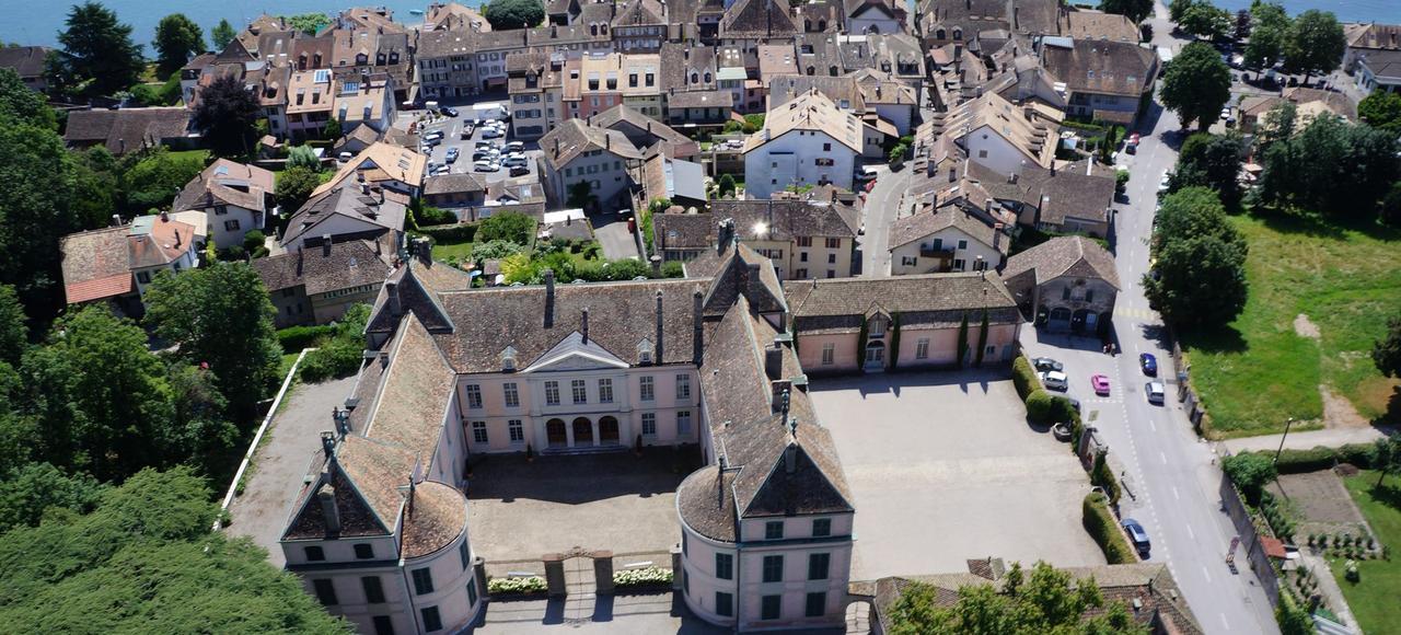 Le château de Coppet fut la résidence de Mme de Staël, dont on célèbre le bicentenaire de la disparition.