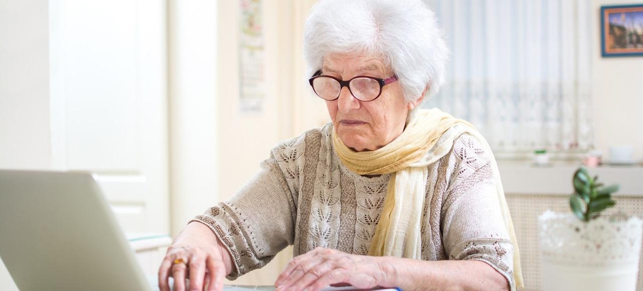 Au-delà d'un niveau de pension de 1200euros par mois pour un célibataire - 1840euros pour un couple, les retraités subiront de plein fouet la future hausse de 1,7 point de la CSG.